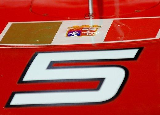 Ferrari con la bandiera della marina militare, proteste del governo indiano