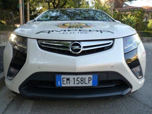 Opel Ampera, long test drive della berlina elettrica ad autonomia estesa - Foto 28 di 29