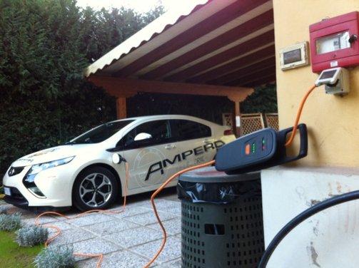 Opel Ampera, long test drive della berlina elettrica ad autonomia estesa - Foto 5 di 29