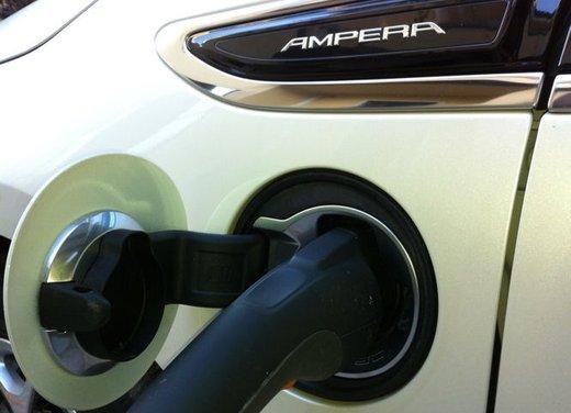 Opel Ampera, long test drive della berlina elettrica ad autonomia estesa - Foto 9 di 29