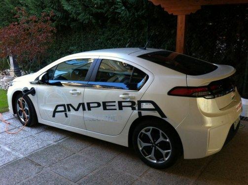 Opel Ampera, long test drive della berlina elettrica ad autonomia estesa - Foto 12 di 29