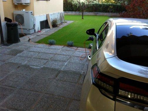 Opel Ampera, long test drive della berlina elettrica ad autonomia estesa - Foto 13 di 29