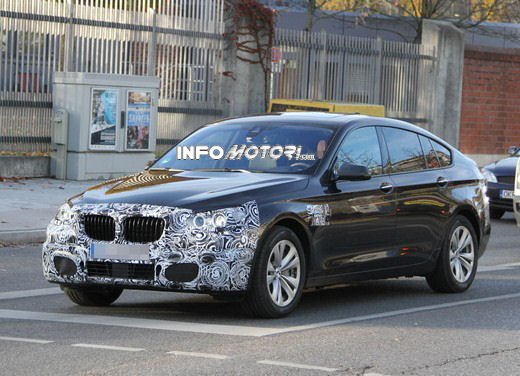BMW Serie 5 GT restyling, le foto spia