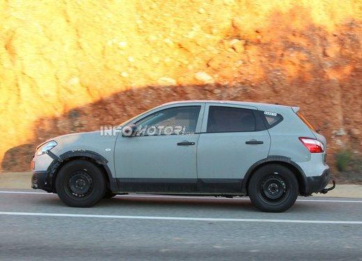 Nissan Qashqai prime foto spia del crossover giapponese - Foto 11 di 18