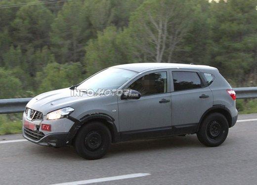 Nissan Qashqai prime foto spia del crossover giapponese - Foto 15 di 18