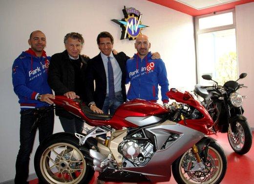MV Agusta F3 nel mondiale Supersport 2013 con il team ParkingGO