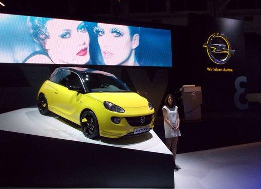 """Opel Adam auto ufficiale del talent show """"The Voice"""""""