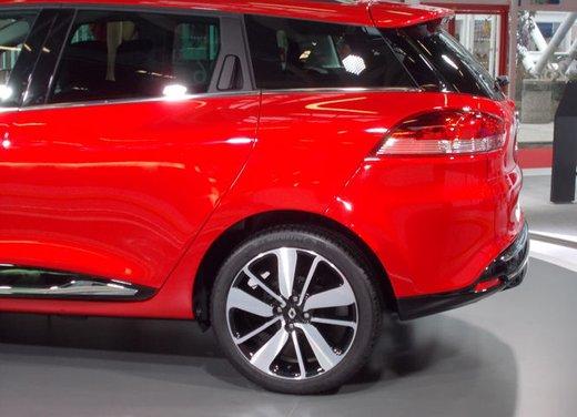 Nuova Renault Clio 4 Sporter, la Renault Clio station wagon sportiva - Foto 7 di 18