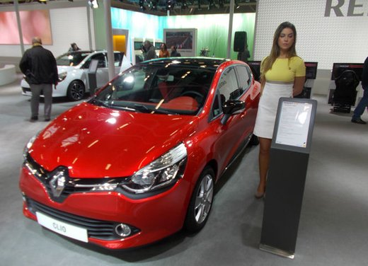 Nuova Renault Clio 4 Sporter, la Renault Clio station wagon sportiva - Foto 10 di 18