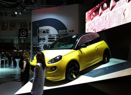 Nuova Opel Adam prezzi e allestimenti - Foto 24 di 63