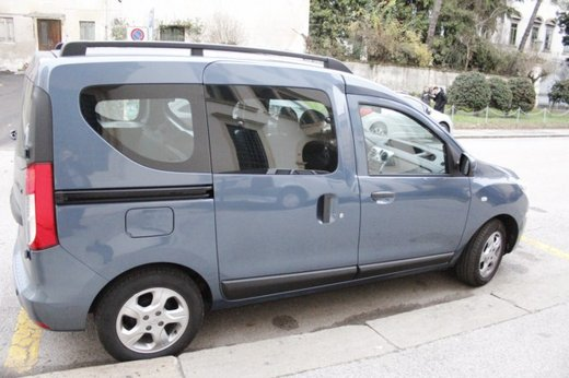 Dacia Dokker Laureate 1.5 dCi 90 CV prova su strada - Foto 6 di 26