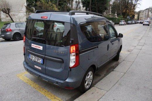 Dacia Dokker Laureate 1.5 dCi 90 CV prova su strada - Foto 9 di 26