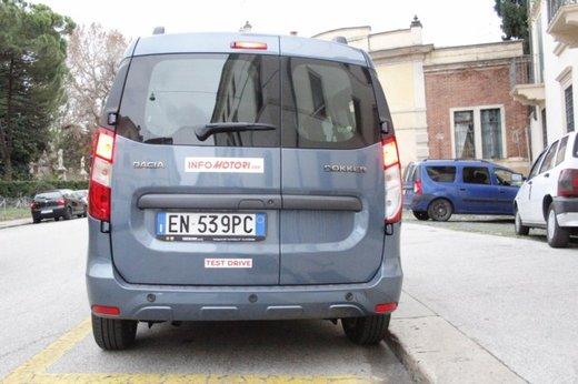 Dacia Dokker Laureate 1.5 dCi 90 CV prova su strada - Foto 8 di 26