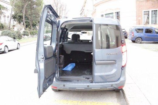 Dacia Dokker Laureate 1.5 dCi 90 CV prova su strada - Foto 11 di 26