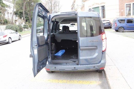 Dacia Dokker Laureate 1.5 dCi 90 CV prova su strada - Foto 12 di 26