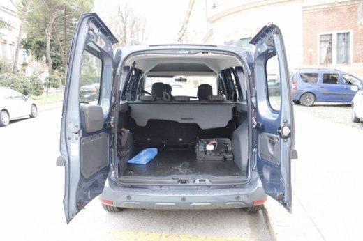 Dacia Dokker Laureate 1.5 dCi 90 CV prova su strada - Foto 13 di 26