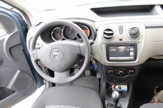 Dacia Dokker Laureate 1.5 dCi 90 CV prova su strada - Foto 18 di 26