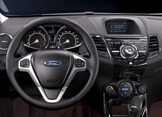 Ford Fiesta prezzo bloccato e promozioni per i motori EcoBoost e GPL - Foto 5 di 18