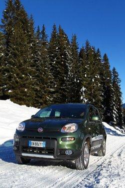 Fiat Panda 4×4 test drive sulla neve in occasione di Fiat Winter Fun - Foto 18 di 34