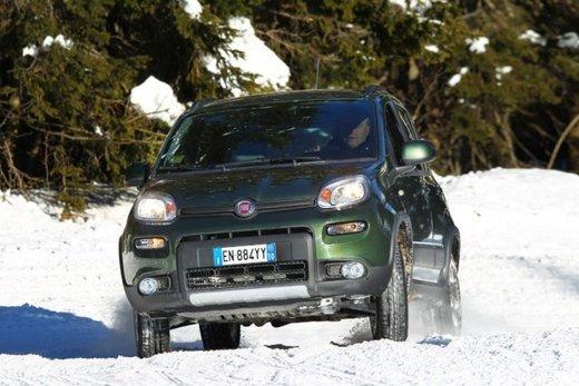 Fiat Panda 4×4 test drive sulla neve in occasione di Fiat Winter Fun - Foto 22 di 34