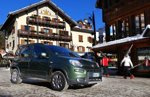 Fiat Panda 4×4 test drive sulla neve in occasione di Fiat Winter Fun - Foto 1 di 34