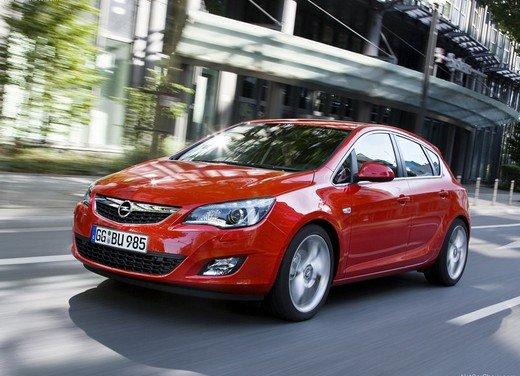 Opel Astra MY 2014 - Foto 11 di 14