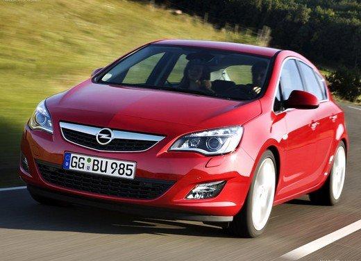Opel Astra GPL Tech in promozione con rate da 179 euro al mese