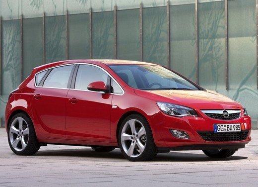 Opel Astra MY 2014 - Foto 14 di 14