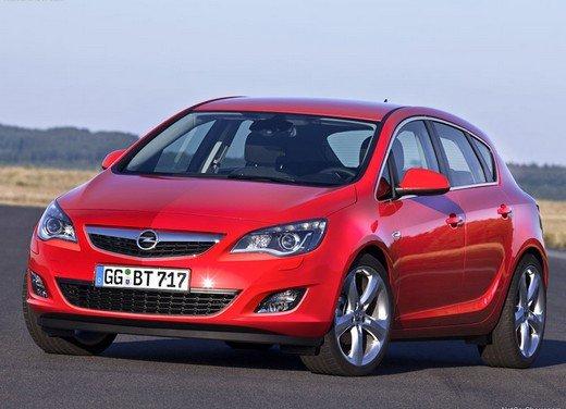 Opel Astra MY 2014 - Foto 6 di 14