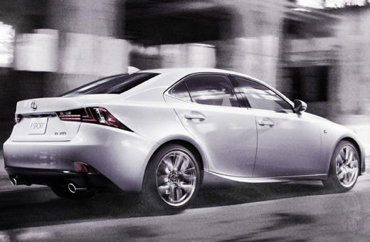 Lexus IS F Sport - Foto 2 di 6