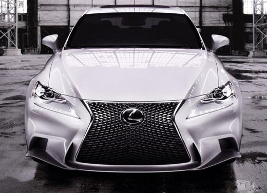 Lexus IS F Sport - Foto 5 di 6