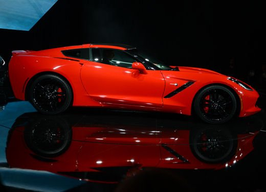 Nuova Corvette C7 Stingray
