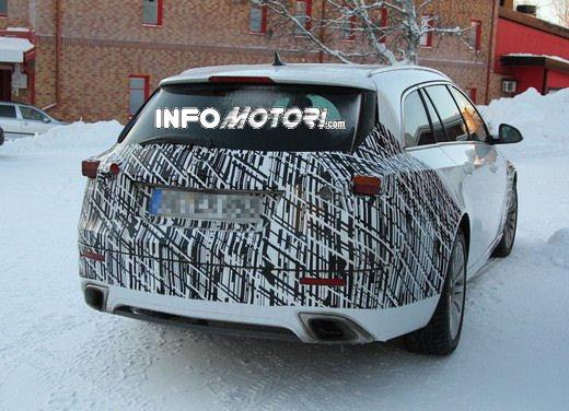 Foto spy della Nuova Opel Insignia Facelift - Foto 7 di 9