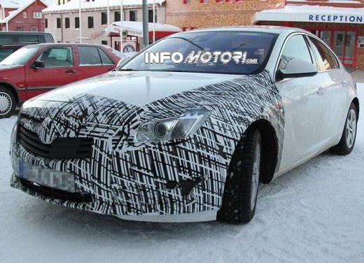 Foto spy della Nuova Opel Insignia Facelift - Foto 9 di 9