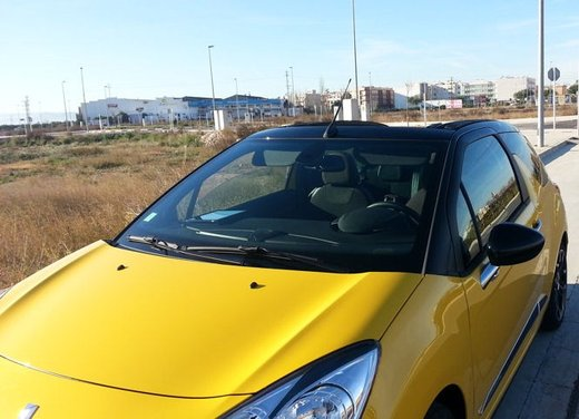Citroen DS3 Cabrio provata su strada a Valencia - Foto 9 di 27