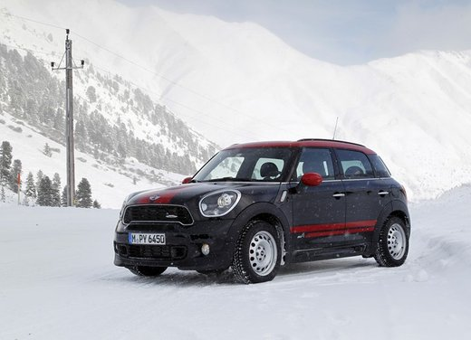 Mini Countryman John Cooper Works All4 a trazione integrale - Foto 10 di 12