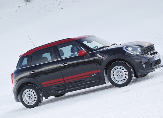 Mini Countryman John Cooper Works All4 a trazione integrale - Foto 2 di 12