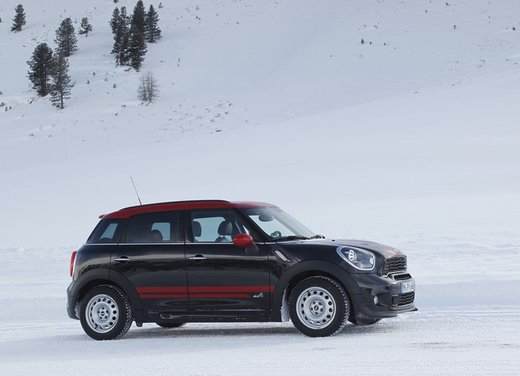 Mini Countryman John Cooper Works All4 a trazione integrale - Foto 3 di 12