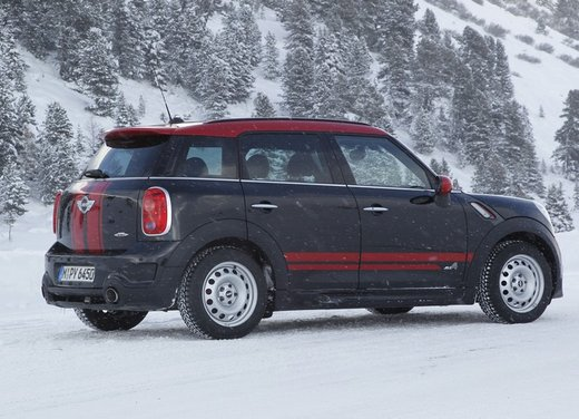 Mini Countryman John Cooper Works All4 a trazione integrale - Foto 4 di 12