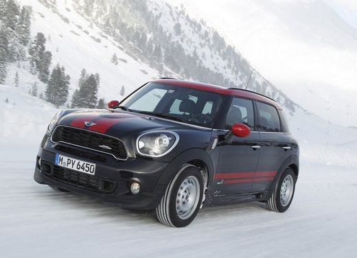Mini Countryman John Cooper Works All4 a trazione integrale - Foto 6 di 12
