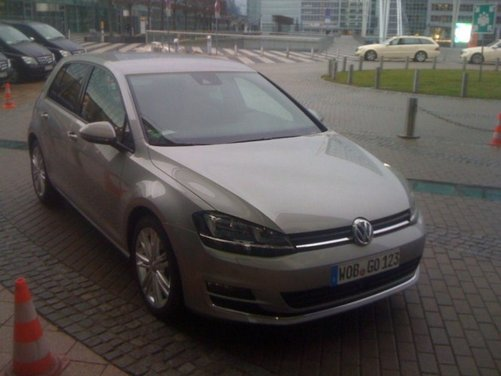 Volkswagen Golf prezzi in promozione con rate da 178 euro al mese - Foto 8 di 17