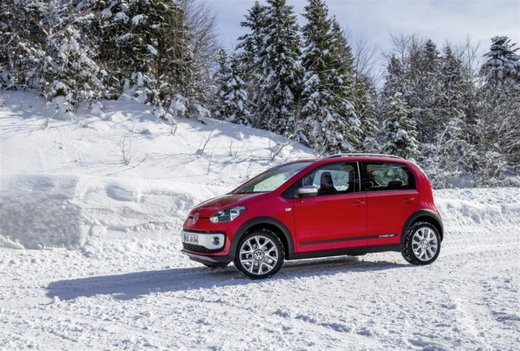 Volkswagen Cross Up! - Foto 11 di 32