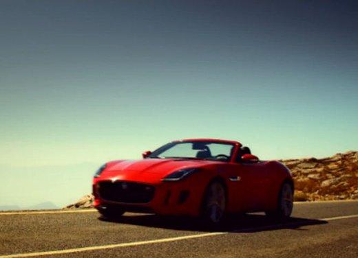 Jaguar F-Type nel video di Lana Del Rey Burning Desire - Foto 9 di 10