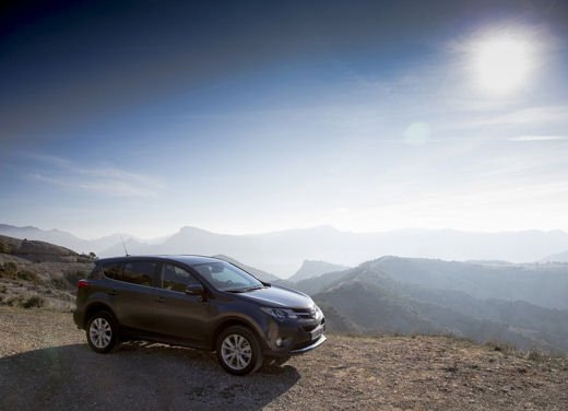 Toyota RAV4 offerta in sconto con 2.000 euro di risparmio - Foto 14 di 14