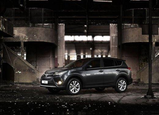 Toyota RAV4 offerta in sconto con 2.000 euro di risparmio - Foto 5 di 14