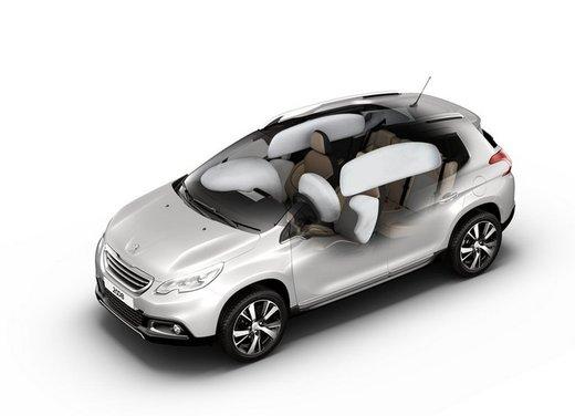 Peugeot 2008, listino prezzi da 15.100 euro - Foto 31 di 44