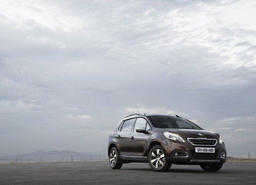 Peugeot 2008, listino prezzi da 15.100 euro - Foto 13 di 44