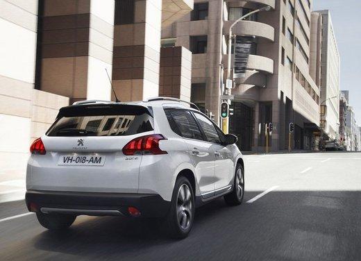 Peugeot 2008, listino prezzi da 15.100 euro - Foto 34 di 44