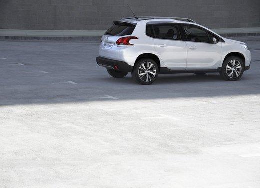 Peugeot 2008, listino prezzi da 15.100 euro - Foto 35 di 44