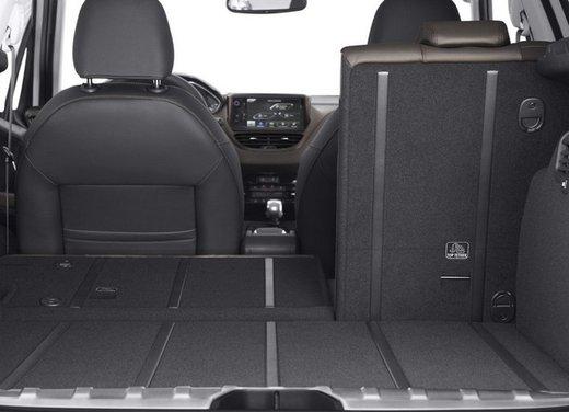 Peugeot 2008, listino prezzi da 15.100 euro - Foto 42 di 44